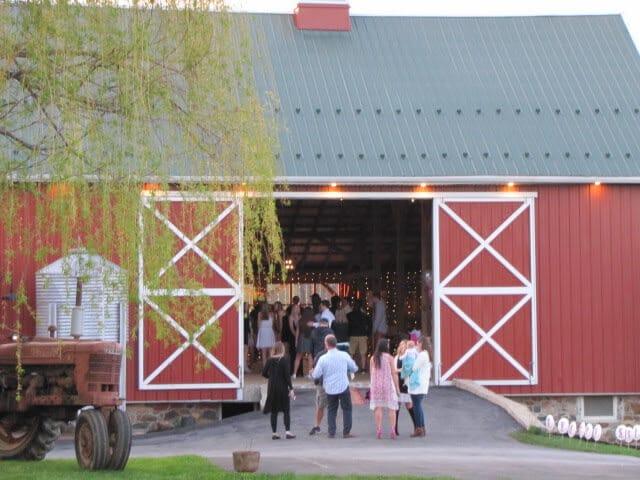 rustic barn doors wedding
